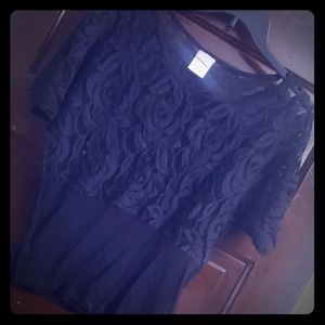 Black lace shirt size small